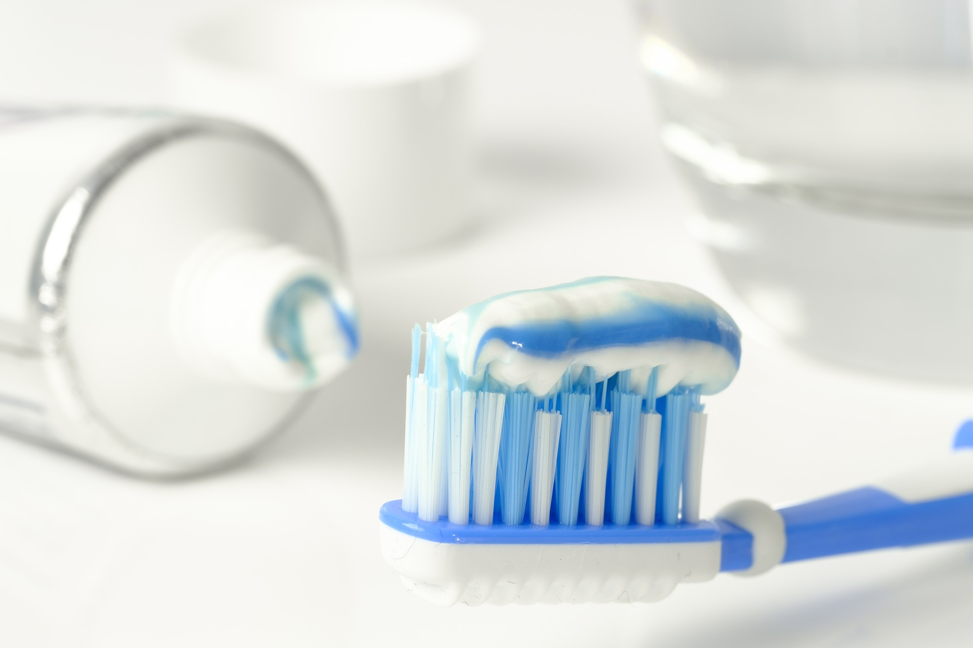 Endodontist in Pensacola | Unexpected Ways to Use Toothpaste